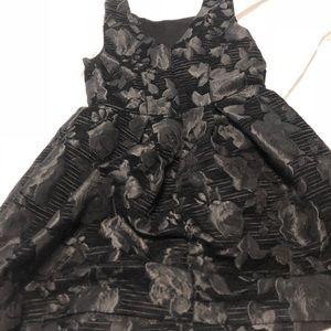 Dresses & Skirts - Designer high end boutique tweed black dress 💕